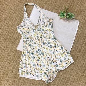 Kendall & Kylie Yellow Floral Romper Size Medium